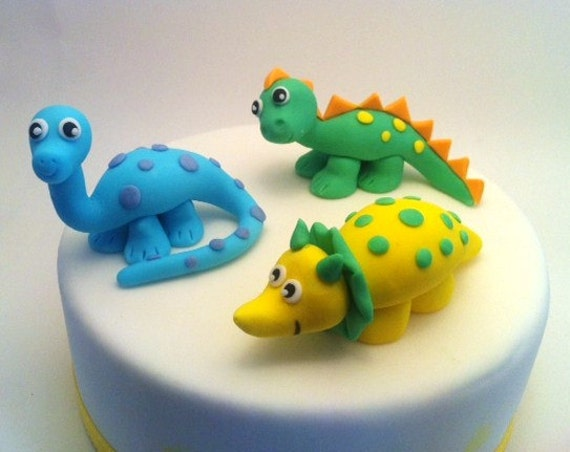 Dinosaur Cake Accessories : Items similar to Dinosaur Set of fondant cake toppers - 3 ...