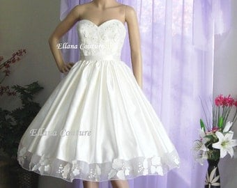 Sample SALE. Retro Style Tea Length Wedding Dress.
