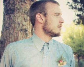 woodland boutonniere, summer wedding, summer, boutonnieres, forest wedding, weddings, natural keepsake, woodland wedding 'Juneau'