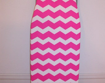 Padded Tabletop Ironing Board Cover in Pink and White Chevron