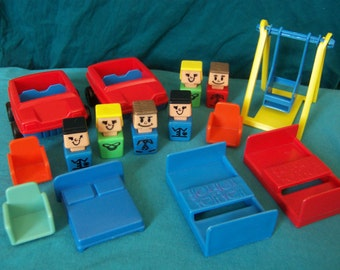 Playskool Familiar Places rare 1970s square little people and cars with playground accessories - vacation picnic park play set