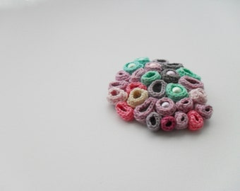 Crochet brooch - Barnacles and perls