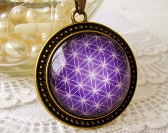 Flower of Life, Sacred Geometry Necklace, Altered Art, Bubble Glass Pendant Necklace, Vintage Style, NEW