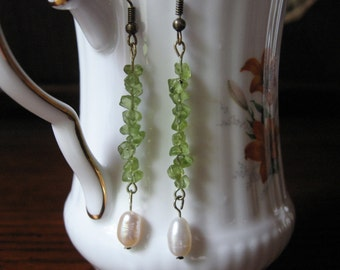 Peridot Pearl Earrings