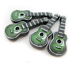 10 Large Green Guitar Beads - AB293