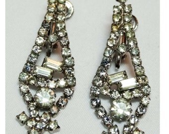 Signed Hobe' Clip-on earrings Apparel & Accessories Jewelry Vintage Jewelry Earrings Clip On Earrings Rhinestone