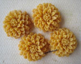 4PCS - Butterscotch - Resin - Mum Flower Cabochons - 20mm