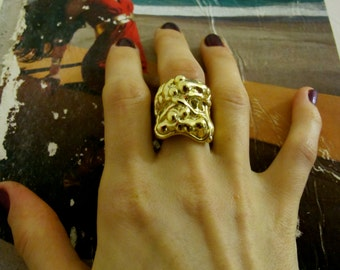 Our Best-Seller - The Amazing  Donatella Gothic Ring in silver, gold and hematite plating