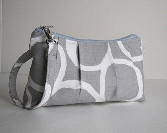 Pleated Wristlet Zipper Pouch / Clutch / Bridesmaid Gift  - Free Hand Ash Grey
