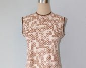1950s Sleeveless MOD Blouse / Vintage 50s White Brown Polyester Blouse / Size Medium