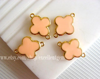 High quality Gold plated Double-sided Metal Clover Connector in skin pink color- 15mm