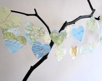 World Map // ATlas garland heart