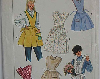 Vintage Misses' Set of Aprons in 2 Lengths, Simplicity 7658 Sewing Pattern UNCUT Size Small (10-12)