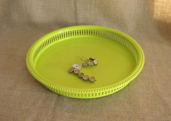 Key Lime Upcycled Tray / Vanity Tray in Key Lime by dewdropdaisies