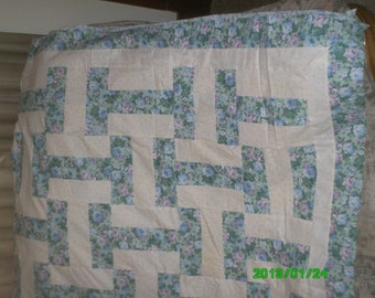 Free Shipping!  Full Size Basket Weave Quilt Top, Backing and Bindings 85 x 100