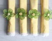 vintage springtime napkin rings // green flowers - wretchedshekels