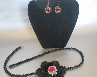 Black crochet necklace,Black beaded necklace,Crochet rose flower necklace,red rhinestone center necklace,red earrings