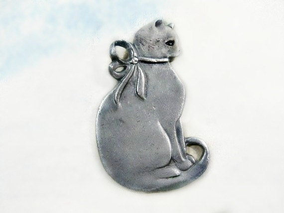 Vintage Pewter Cat Pendant Seagull Company of Canada 1984