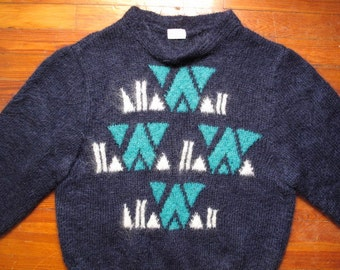 women's vintage hand knitted sweater.