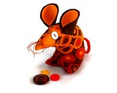A Cute Mouse ? A Retro Mouse ? THIS mouse in 60s orange and brown dot vintage fabric