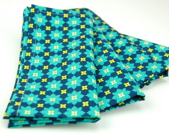 Cloth Napkins 15 Inch Set of 4 Andalucia II by Patty Young Tiny Flower in Navy