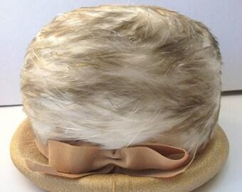 Vintage Ladies Feather Hat