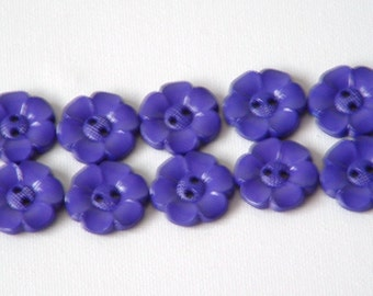 SALE Lot of 10 Flower Buttons - 1 Inch-  Purple WAS 4.50 NOW 3.50