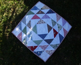 Triangles and squares table topper