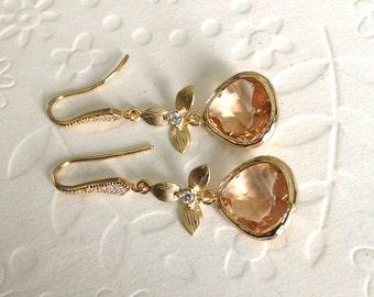 Peach Bridesmaid Earrings, Peach bridesmaid jewelry, Peach bridal earrings, Blush Wedding earrings, Chandelier earrings, wedding jewelry