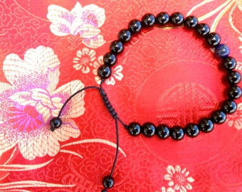 Black Onyx Wrist mala/ Bracelet for meditation with lapis spacer GMS-06
