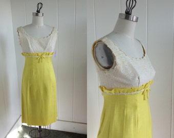 1950's Vintage Yellow and White Wiggle Dress