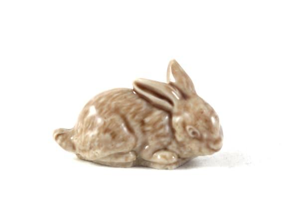 Wade Whimsies Rabbit Bunny Miniature Figurine 1970s