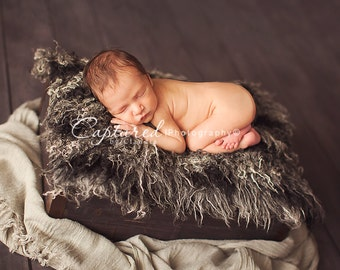 Leighton Heritage - Signature, Soft, Cozy, Cuddly Faux Fur Nest - Perfect Newborn Photography Prop - Plush Layering Posing - Natural