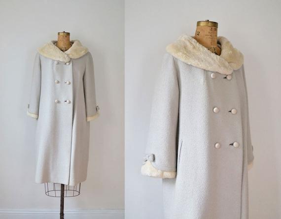 1960s Coat / 60s Swing Coat / Oatmeal Gray Faux Fur Collar Bows