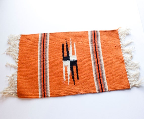 Hang Rug On Wall: Vintage Small Woven Rug Wall Hanging By ArlieFindsVintage