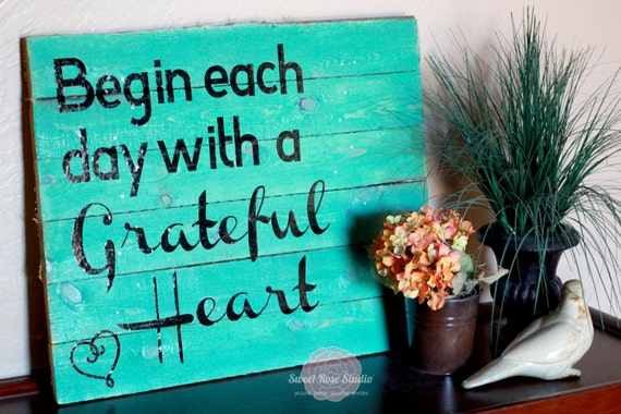 CUSTOM Grateful Heart Wood Pallet Art