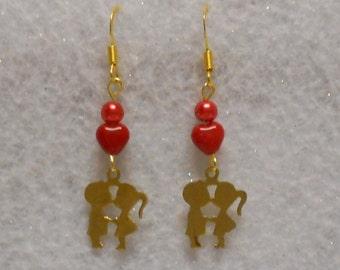 Valentine Earrings Kissing Couple Heart Earrings