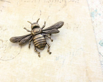 Bee Brooch Antique Brass Bee Pin Rustic Patina Metal Nature Brooch Insect Wings Woodland Vintage Style Pin Natural History Entomology