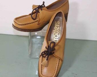 1970s Boho /Preppy Faux Leather Upper Colors Camel / Brown NWOT 5 D
