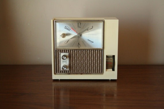 Beige Alarm Clock Radio by Sears Roebuck and Co. - AM/FM