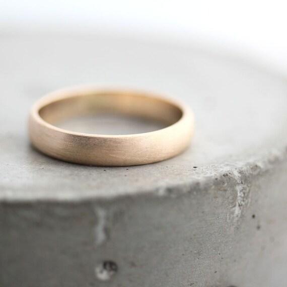 Eheringe gold matt gebürstet  Gold Herren Ehering gebürstet für Männer oder Frauen Unisex: