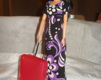 Fashion Doll sized rolling suitcase in bright pink - bdl3
