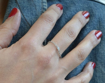 Gold  or silver chain cz ring // tiny cubic zirconia chain ring G3011/S3011
