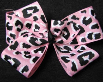 Pink Leopard Print Boutique Hairbow.