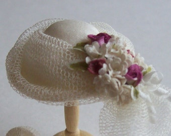 Pretty 1/12 scale handmade dollhouse miniature  silk hat and matching drawstring bag