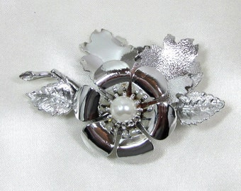 Old MONET Christmas Brooch Pin, Original Box Silver Floral with Silver Leaves