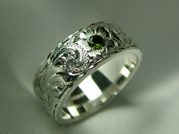 peridot and sterling silver engraved band ring