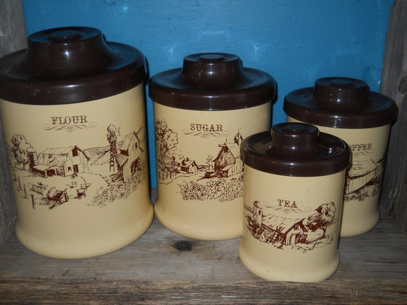 Vintage canister set brown cream color farm house chic kitchen for Cream kitchen set