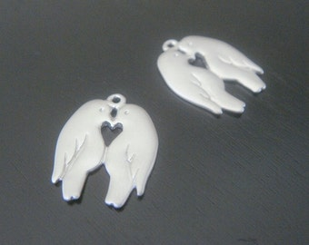 Matte Silver Tarnish resistant twin love birds pendant, connector, charm, S911447