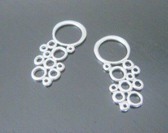 Matte Silver Multiple Circle Long Connector, Pendants, Charms, Earring Findings, 2 pc S515026